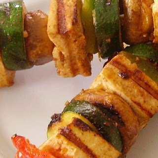 Grilled Tofu Skewers with Sriracha Sauce