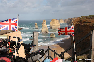 Photo: Year 2 Day 144 - Flying the Flag at the Twelve Apostles
