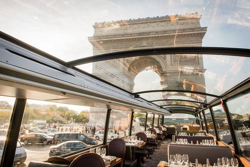 restaurant insolite à Paris Bustronome