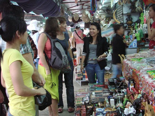 Chợ Đông Ba xây dựng văn minh thương mại
