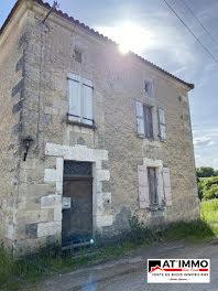 maison à Bors de montmoreau (16)