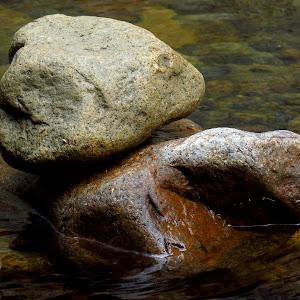 diana's bath rocks.JPG