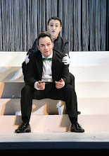 Photo: Wiener Kammeroper: SEMIRAMIDE von Leonardo Vinci/ G.F. Händel. Inszenierung: Francesco Micheli. Premiere: 23.9.2013. Andrew Owens, Gaia Petrone. Foto: Barbara Zeininger
