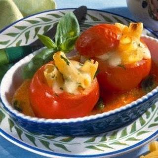 Pomodori con Pasta (Tortiglioni in Fleischtomate).