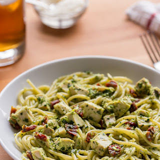 5-Ingredient Chicken Pesto Pasta Recipe