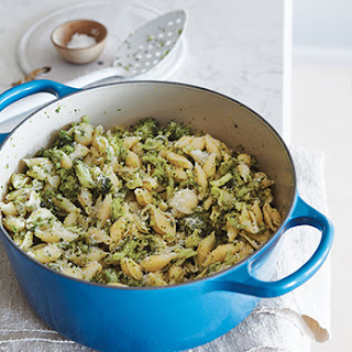 EASIEST ONE-POT PASTA and BROCCOLI