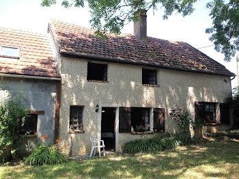 maison à Sury-en-Vaux (18)