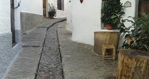 Calle típica de La Alpujarra.