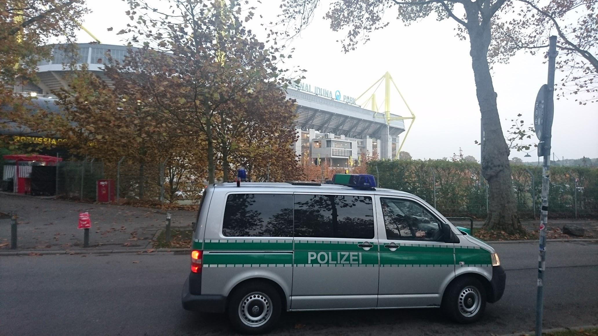 Signal Iduna Park Dortmund Polizei