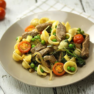 Grilled Beef & Tomato Pasta