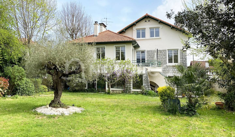 Villa avec terrasse Pau