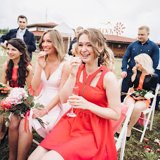 Wedding photographer Nikulina Ekaterina (katenik). Photo of 14.10.2016