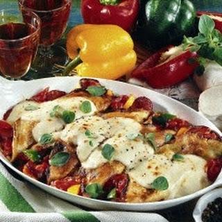 Gefüllte mit Mozzarella überbackene Pfannkuchen