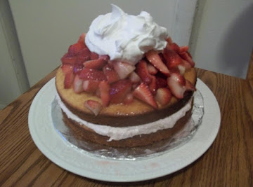 Strawberry Shortcake Cheesecake Cake Recipe