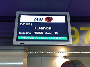 Photo: No aeroporto de Lisboa.