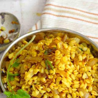 Urad Ki Sukhi Dal Recipe (Spicy Dry Urad Dal)