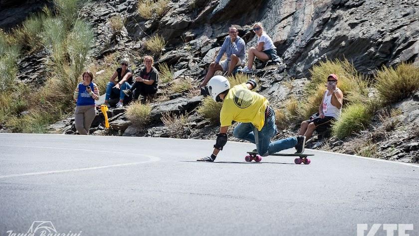Uno de los 'riders' en su descenso.