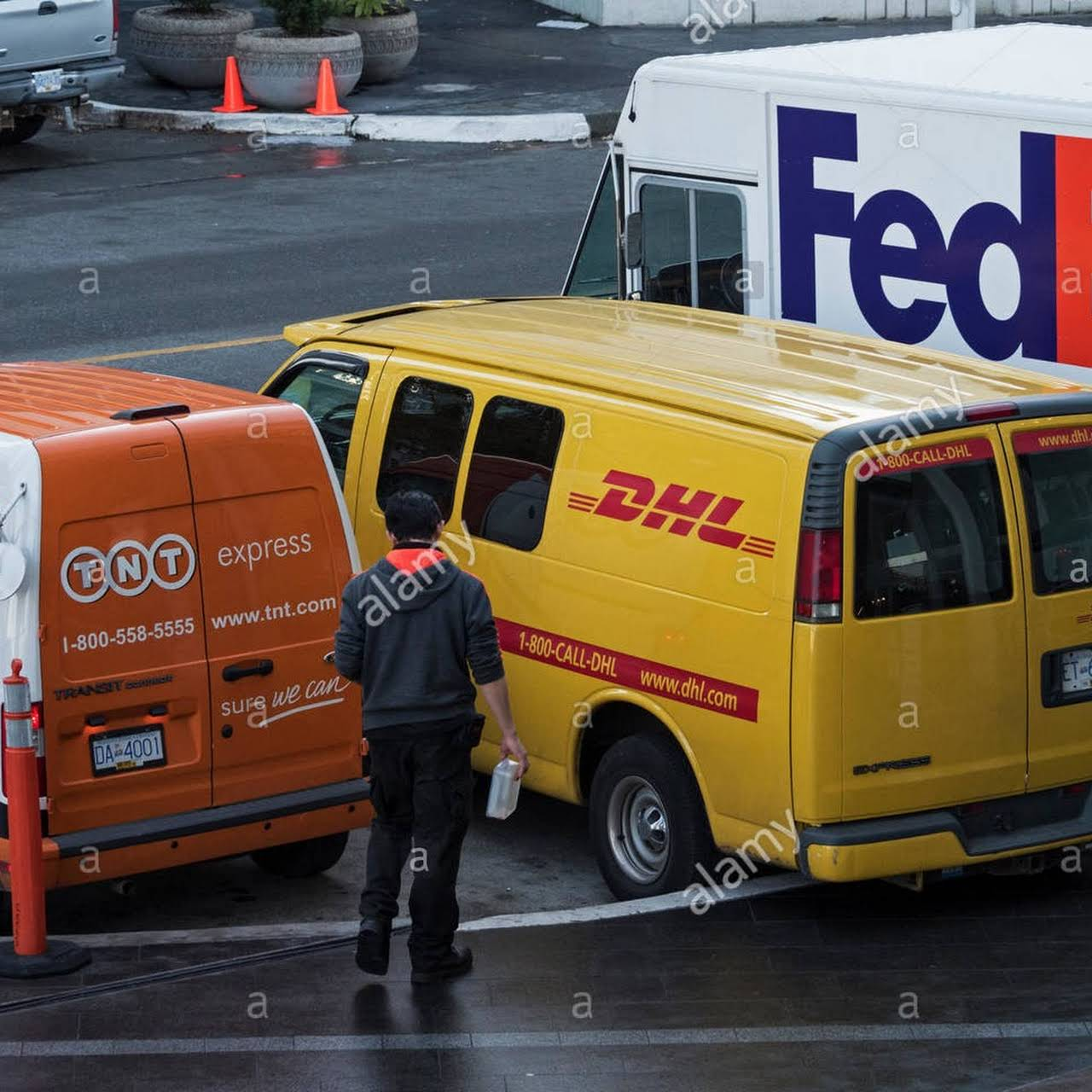 Free Pickup  DHL International Courier IN COIMBATORE   FEDEX