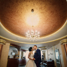 Wedding photographer Maksim Gucal (MaximGutsal). Photo of 30.07.2017