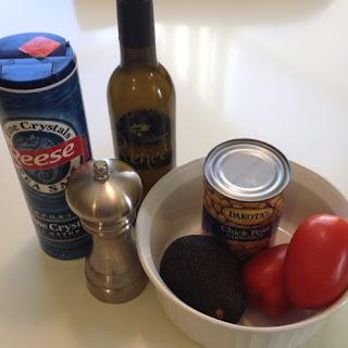 Avocado Chick Pea & Tomato Salad Recipe