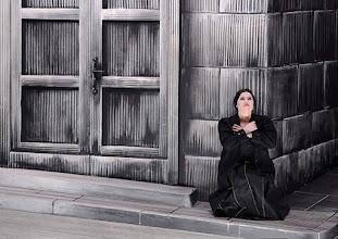 Photo: Salzburger Osterfestspiele 2015: CAVALLERIA RUSTICANA. Premiere 28.3.2015, Inszenierung: Philipp Stölzl. Liudmilla Monastyrska. Copyright: Barbara Zeininger