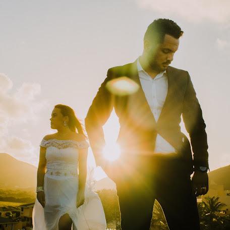Wedding photographer Carlos Dona (dona). Photo of 13.02.2018