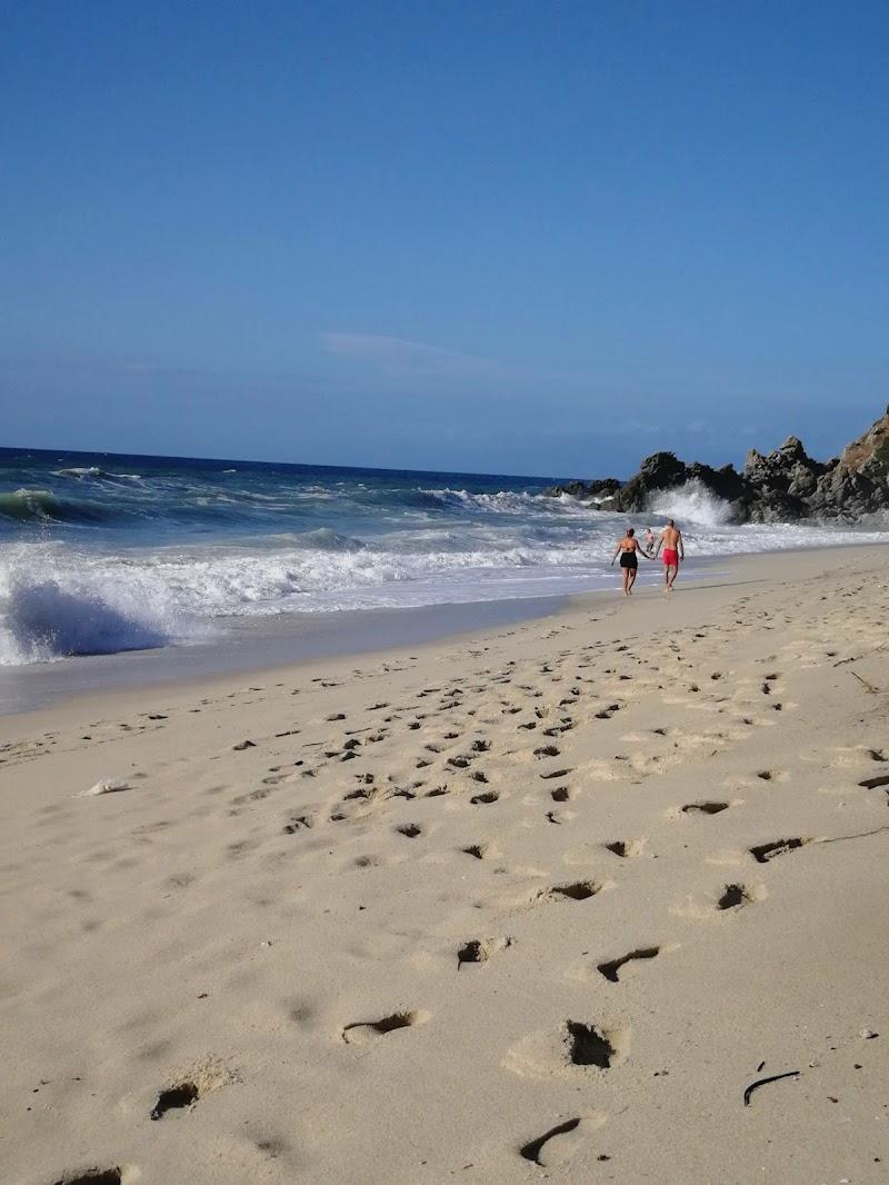 Passeggiare sulla spiaggia di masaria24