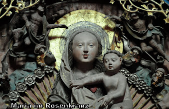 Photo: Maria im Rosenkranz