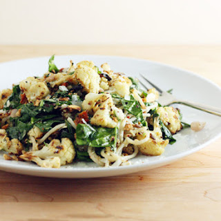 Roasted Cauliflower and Spinach Pasta