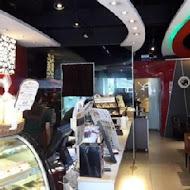 丹堤咖啡(捷運科技店)