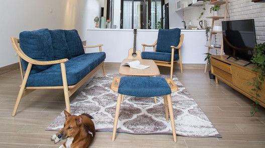 Thiết kế nhà tối giản với nội thất đơn giản
