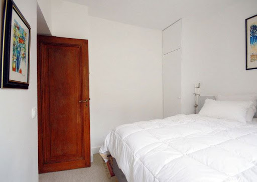 serviced apartment in quai de seine
