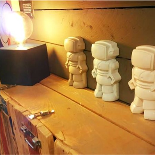 After Art Shop à Roanne revendeur des créations de junny en béton ciré