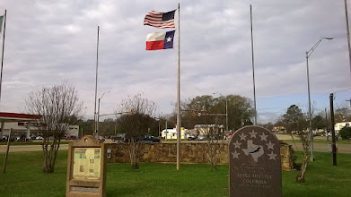Photo: San Augustine visitor center with El Camino and Space Shuttle Columbia markers