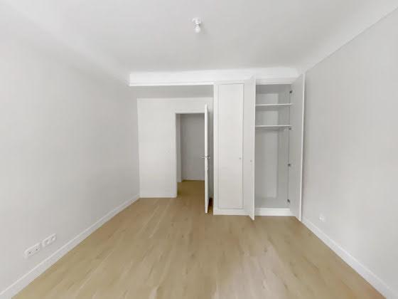 Location studio 51,9 m2