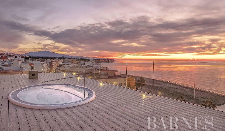 Apartment with terrace Estepona