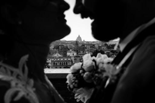 Wedding photographer Leonardo Scarriglia (leonardoscarrig). Photo of 26.10.2017