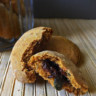 Pumpkin Cookies With Filling