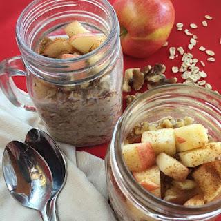 Apple Cinnamon Overnight Oats.