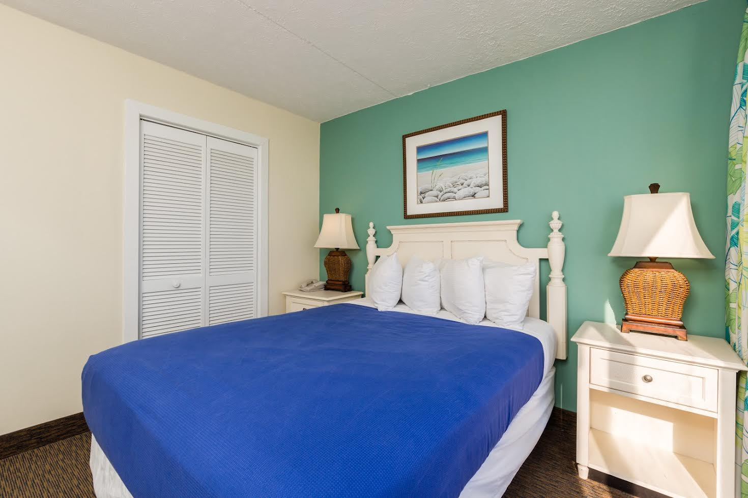 One Bedroom Oceanfront Picture Number 7