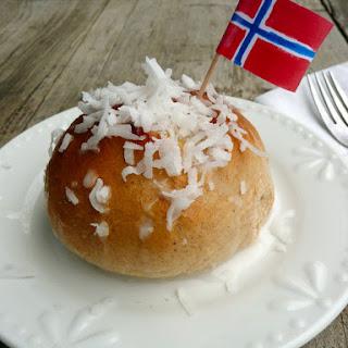 "Skolebrød ~ Norwegian ""School Buns"""