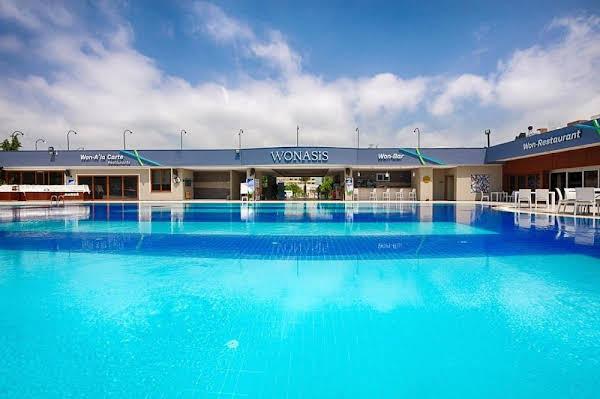 Wonasis Resort & Aqua Hotel