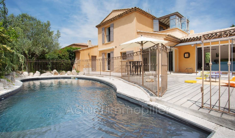 Maison avec piscine et terrasse Puyricard