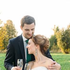 Wedding photographer Valya Lipatova (LipaValenti). Photo of 14.10.2015