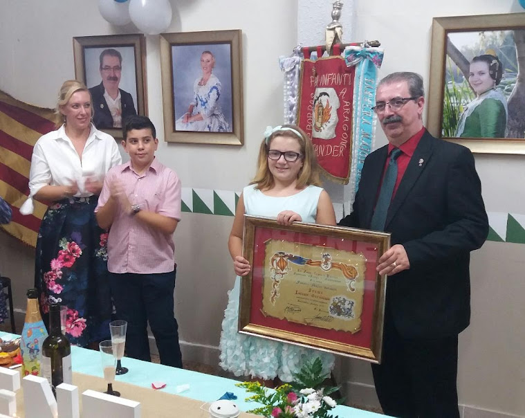 Proclamació de la xiqueta Irene Lorente Gerónimo. Falla Costa i Borrás-Agustina de Aragón