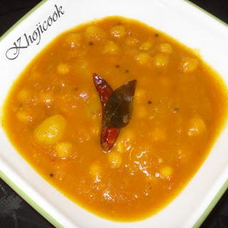 Channa Bateta (Tangy Chickpea and Potato Curry).