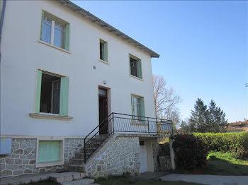 maison à Montrollet (16)