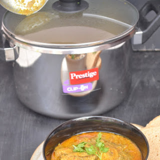 Pressure Cooker Chicken Curry.