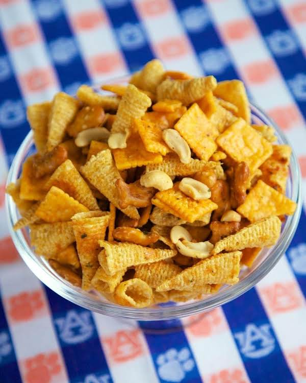 Buffalo Ranch Snack Mix Recipe