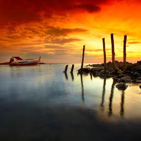 ... Koh Lanta | Krabi, Thailand by Keris Tuah - Landscapes Waterscapes ( water, sky, nature, sunset, art, beach, landscape )